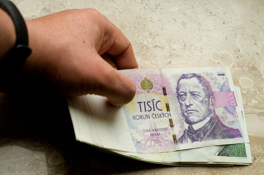 Rychlé půjčky bez registru se často pojí s vysokými poplatky.