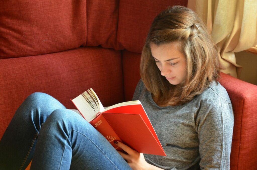 Studentská půjčka Gaudeamus je určena studentům středních, vyšších odborných a vysokých škol.