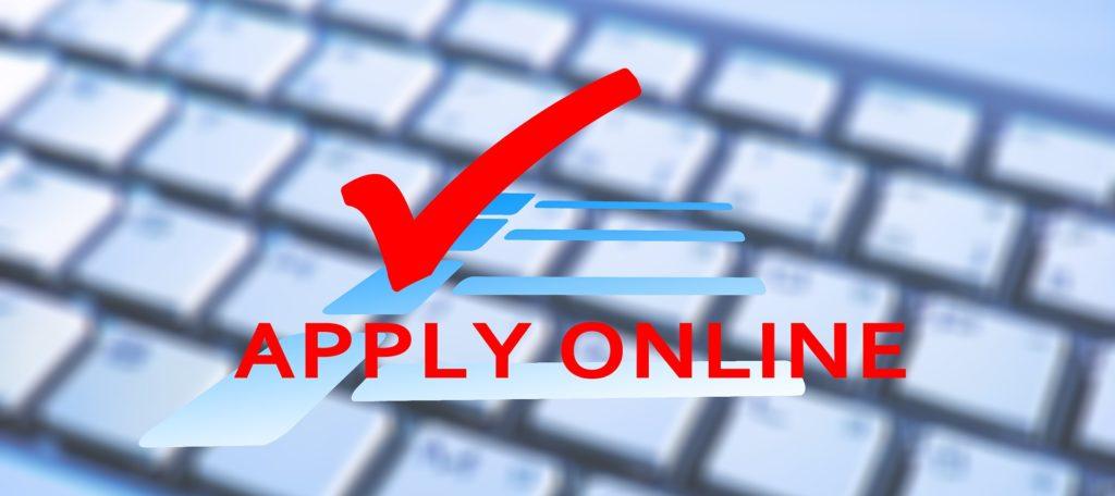 Žádost o Švýcarskou půjčku probíhá online s pomocí základních dokladů.