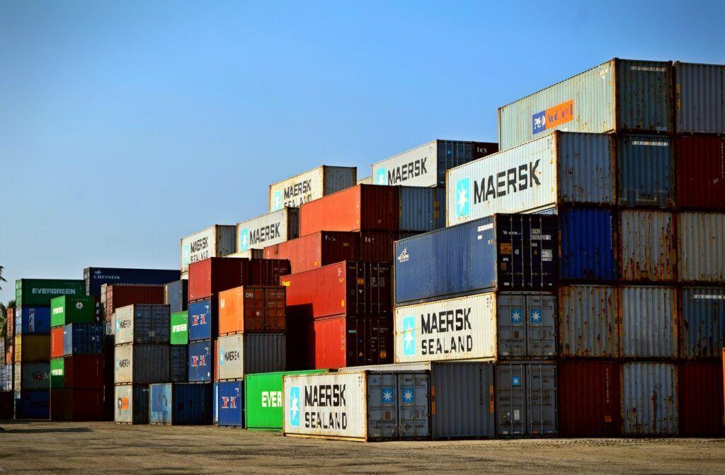 Pokud si zákazník ohlídá cenu zásilky, která nepřekročí 150 €, může nakoupit čínské zboží bez cla.